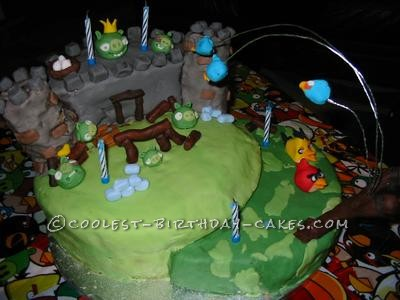 Awesome Angry Birds Birthday Cake