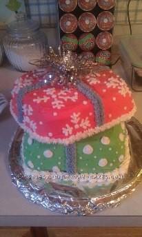 Coolest Christmas Giftbox Cake
