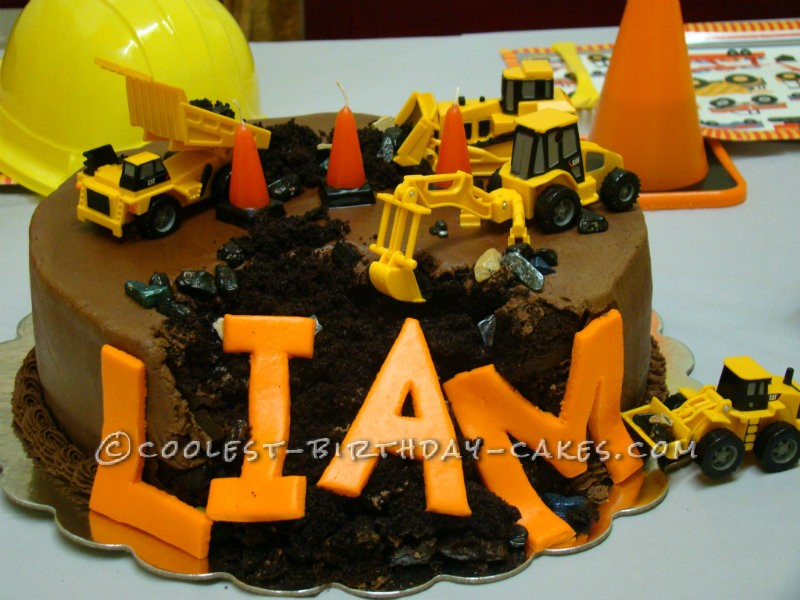 Birthday Cake Ideas Digger : Southern Blue Celebrations: CONSTRUCTION CAKE IDEAS