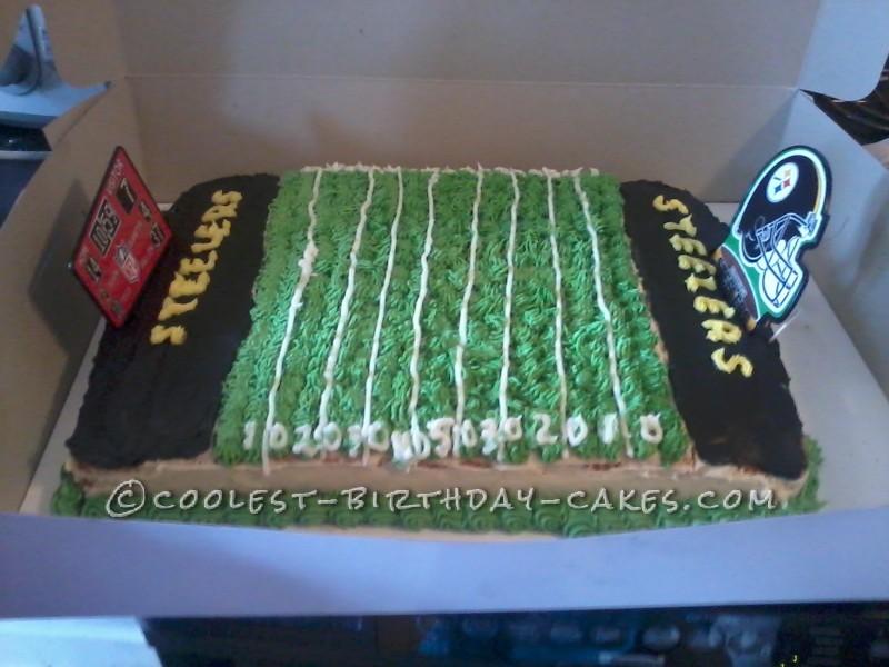 Coolest Steelers Football Field Cake