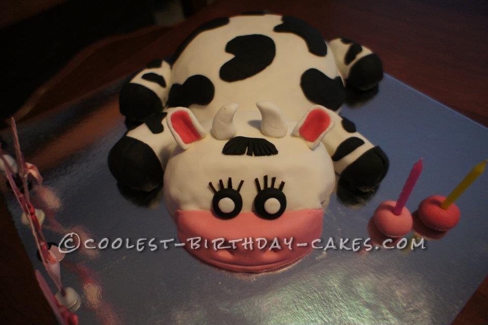 Cute 3d Cow Birthday Cake