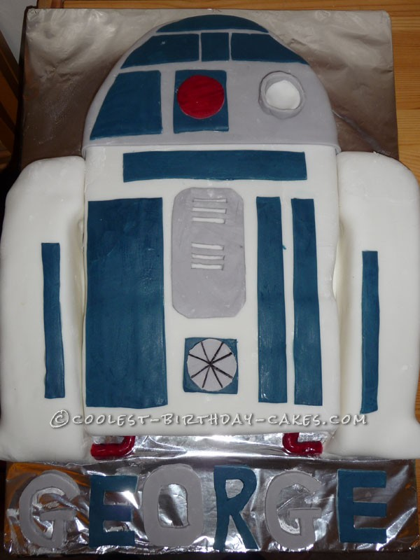 Cool R2-D2 Birthday Cake