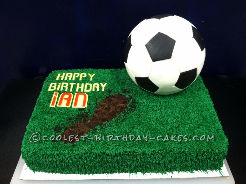 The Coolest Soccer Cake Ever