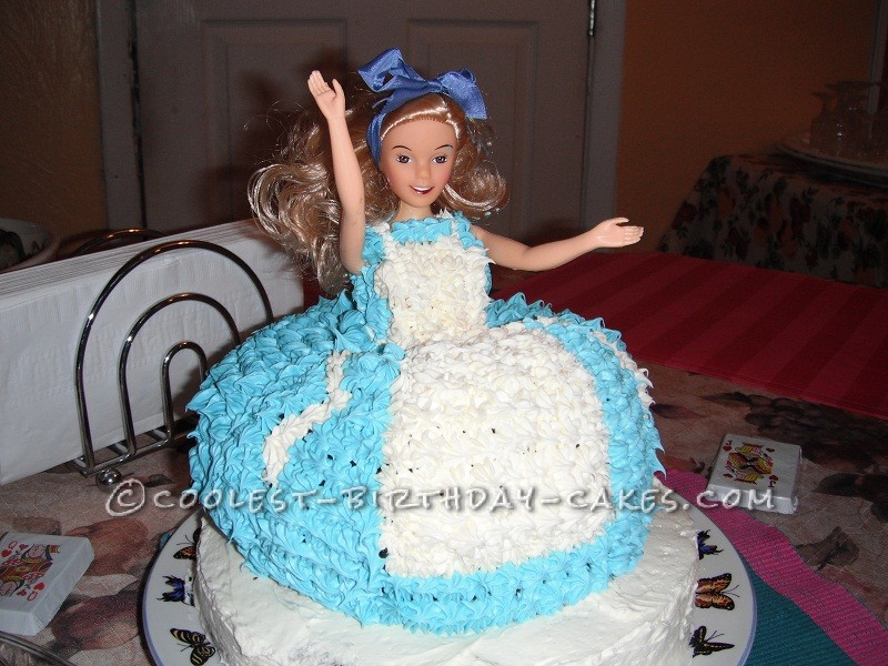 Magnificent Cool Alice In Wonderland Cake Personalised Birthday Cards Cominlily Jamesorg