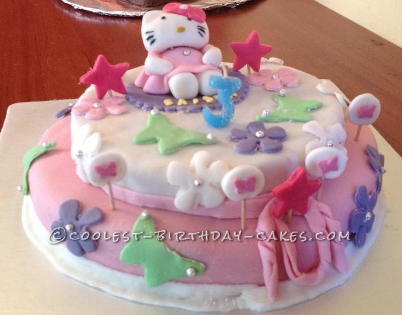 Amazing Hello Kitty Fondant Cake