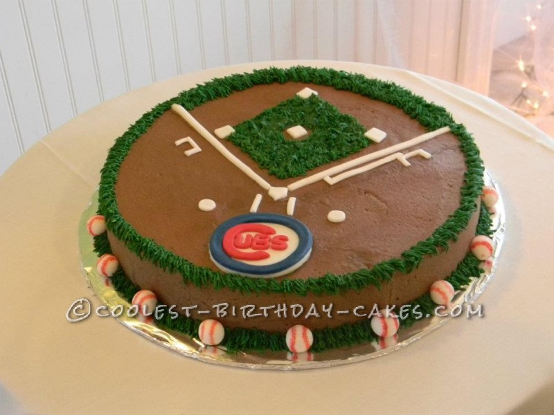 Coolest Baseball Field Cake