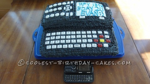 Cool Texting Cell Phone Cake