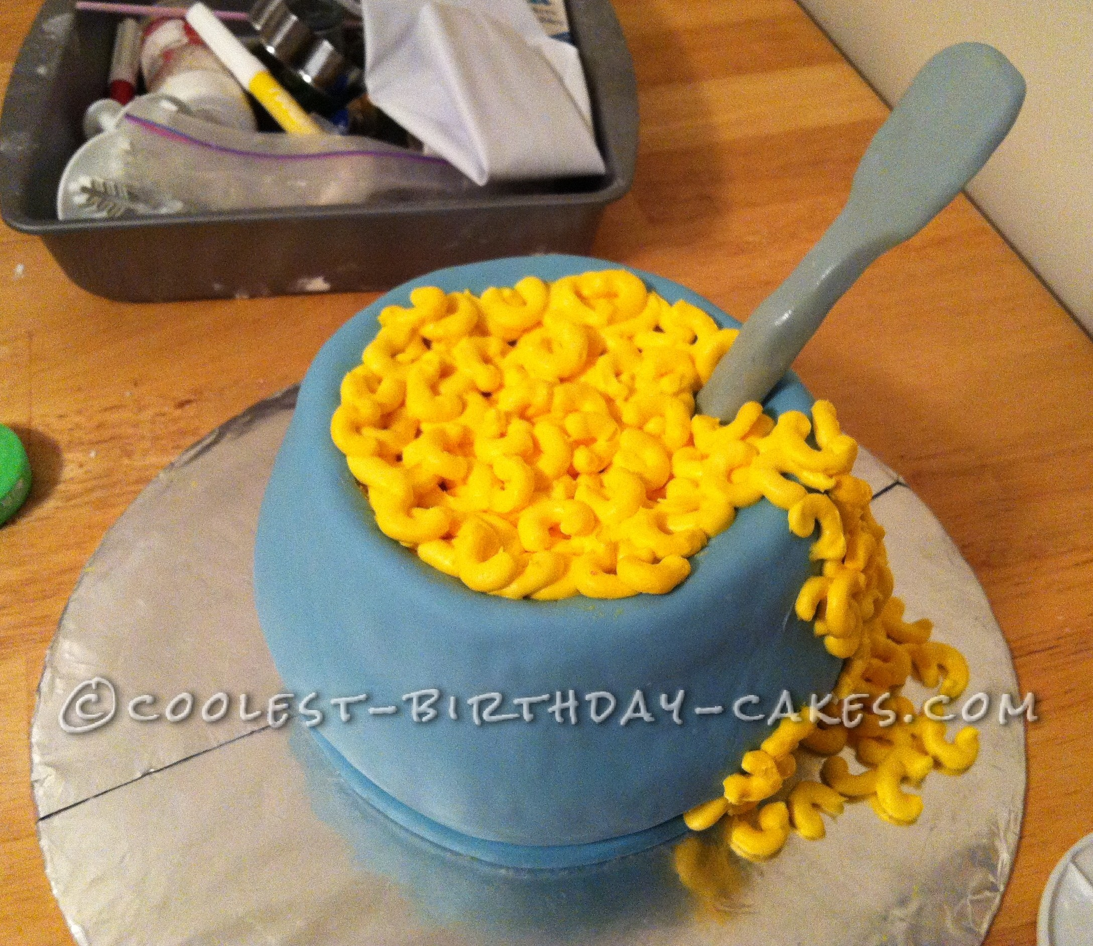 Coolest Mac and Cheese Cake