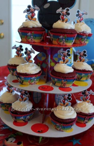 Awesome Mickey Mouse Crazy Cake And Cupcakes