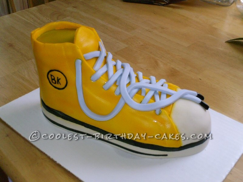 Cool Shoe Cake for Best Friend's Birthday
