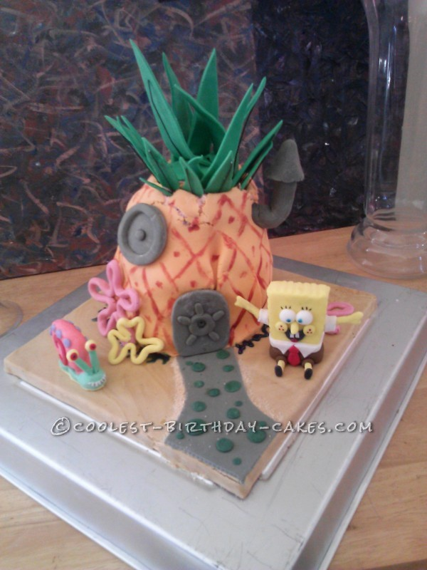 Sponge Bob's Pineapple House Birthday Cake