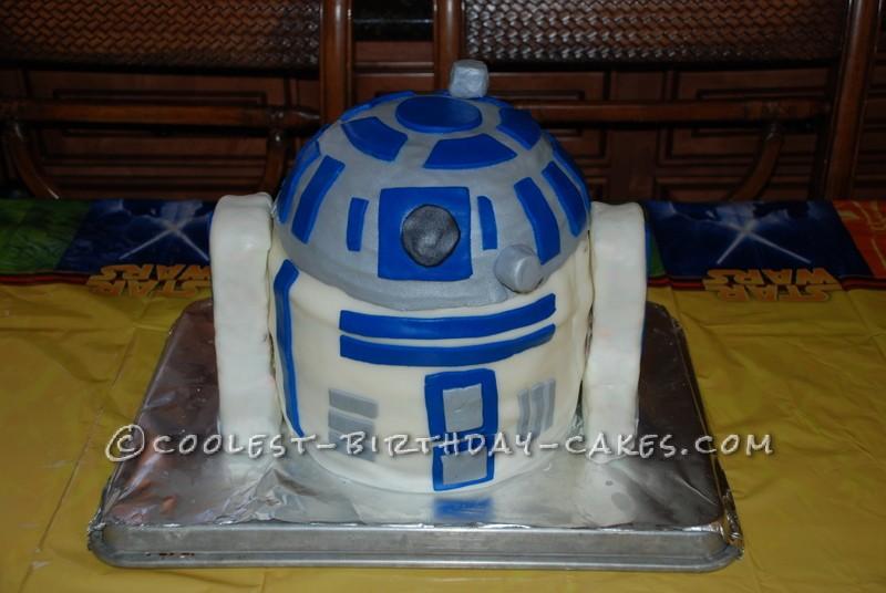 Coolest R2D2 Birthday Cake