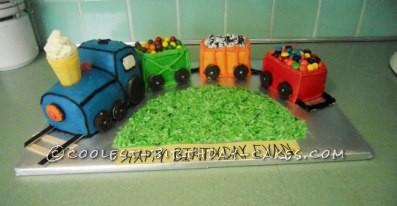 Coolest Homemade Train Cake