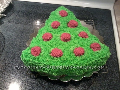 Coolest Christmas Tree Cake