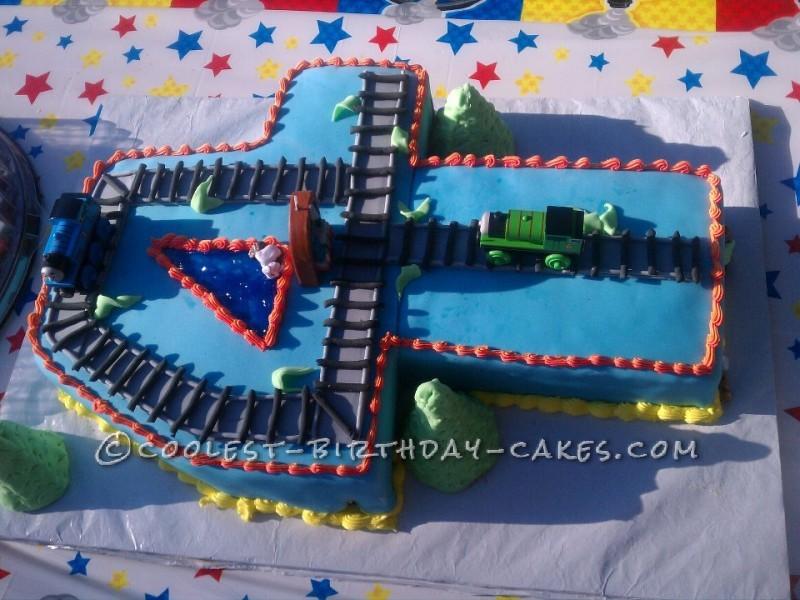 Thomas Train Cake Pictures Coolest Thomas The Train Cake