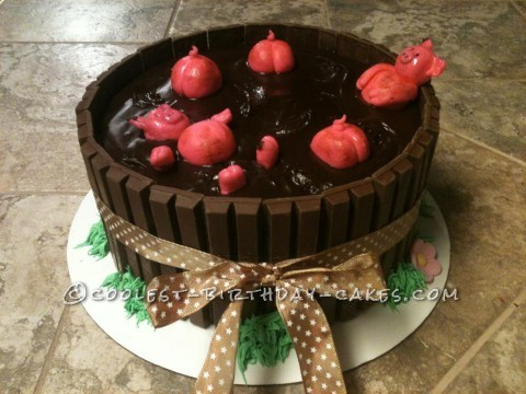 Pigs Chocolate Kit Kat Cake