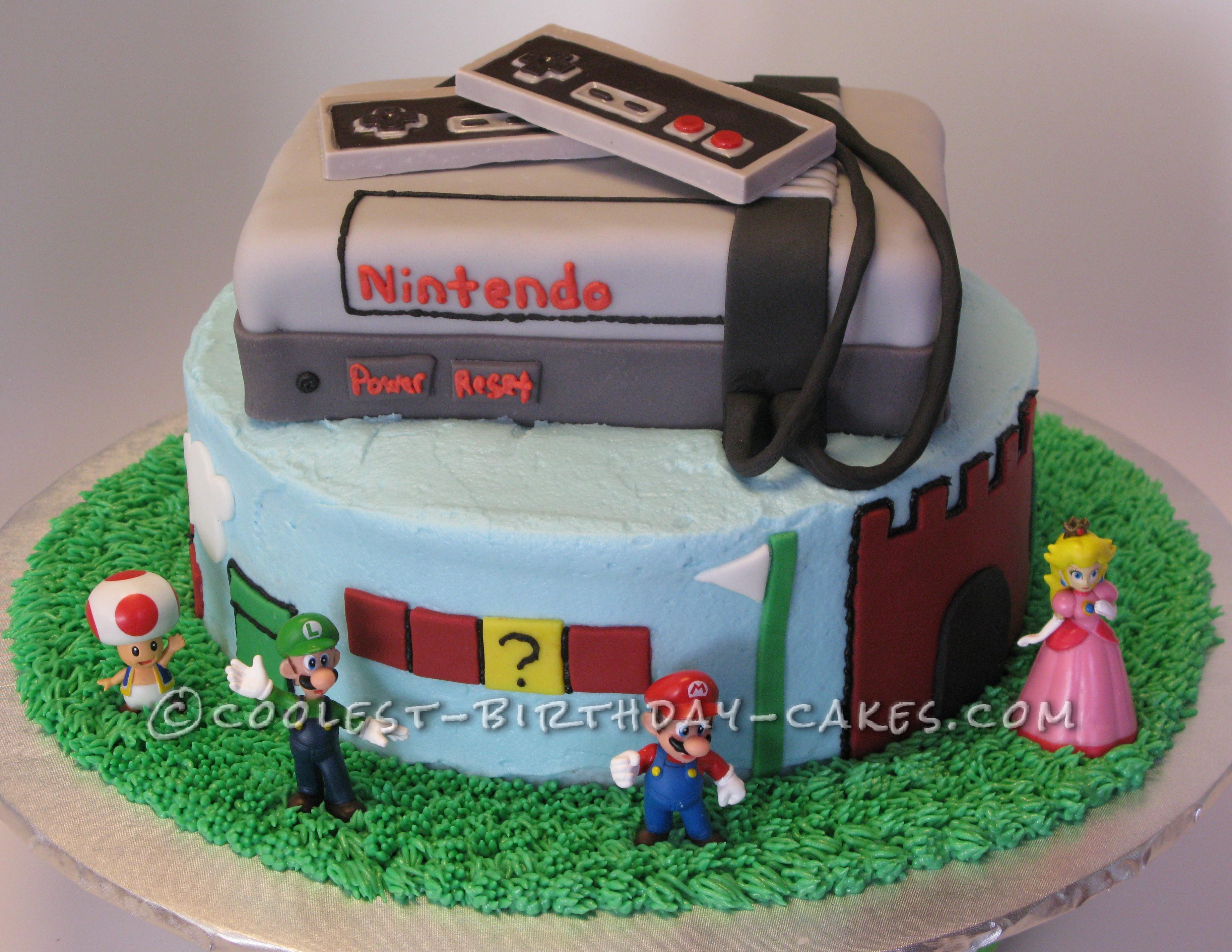 Nintendo's Super Mario Brothers Birthday Cake front view