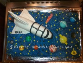 Completed spaceship cake