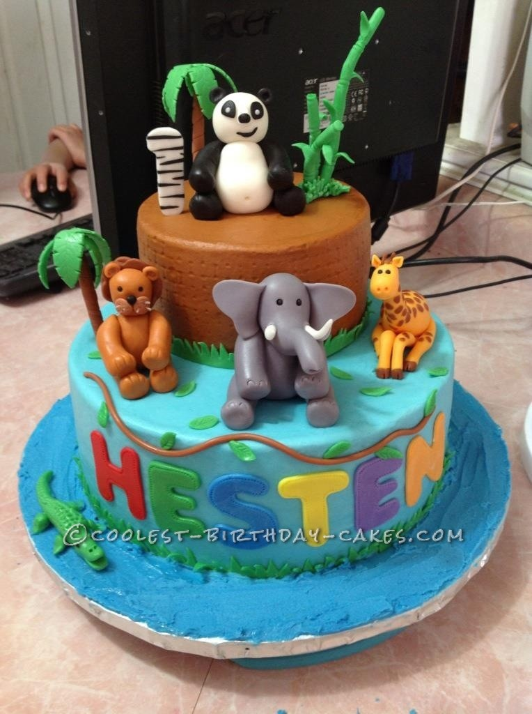 Coolest Zoo Animal Cake