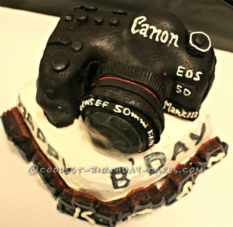 Coolest Canon EOS 5D Mark 111 Camera Cake