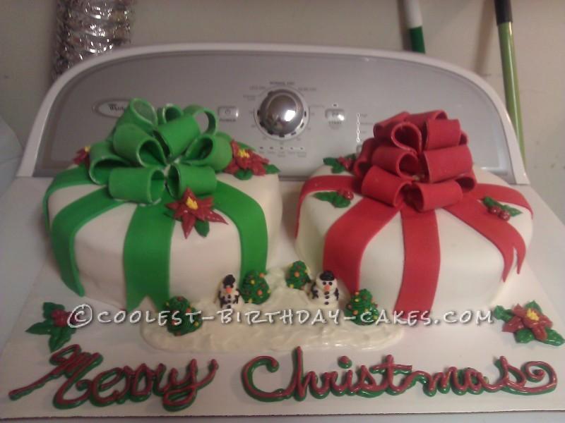 Coolest Christmas Scene Present Cake