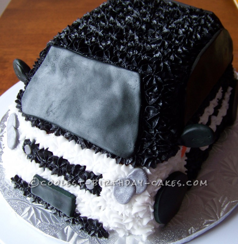 Coolest Smart Car Cake