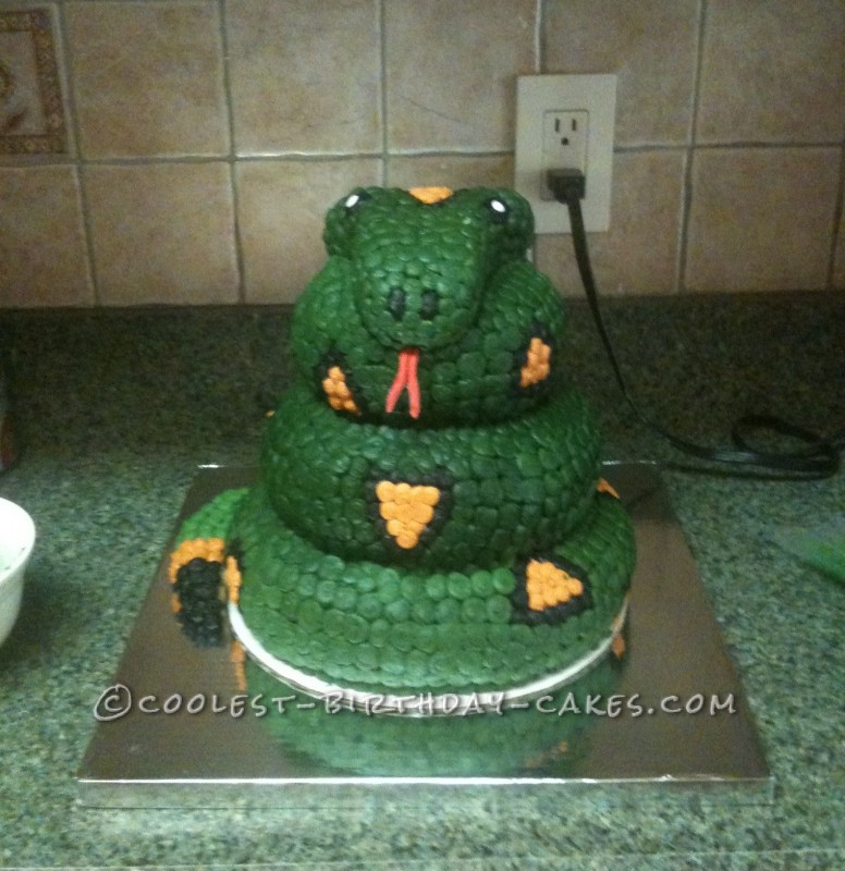 Coolest Snake Cake