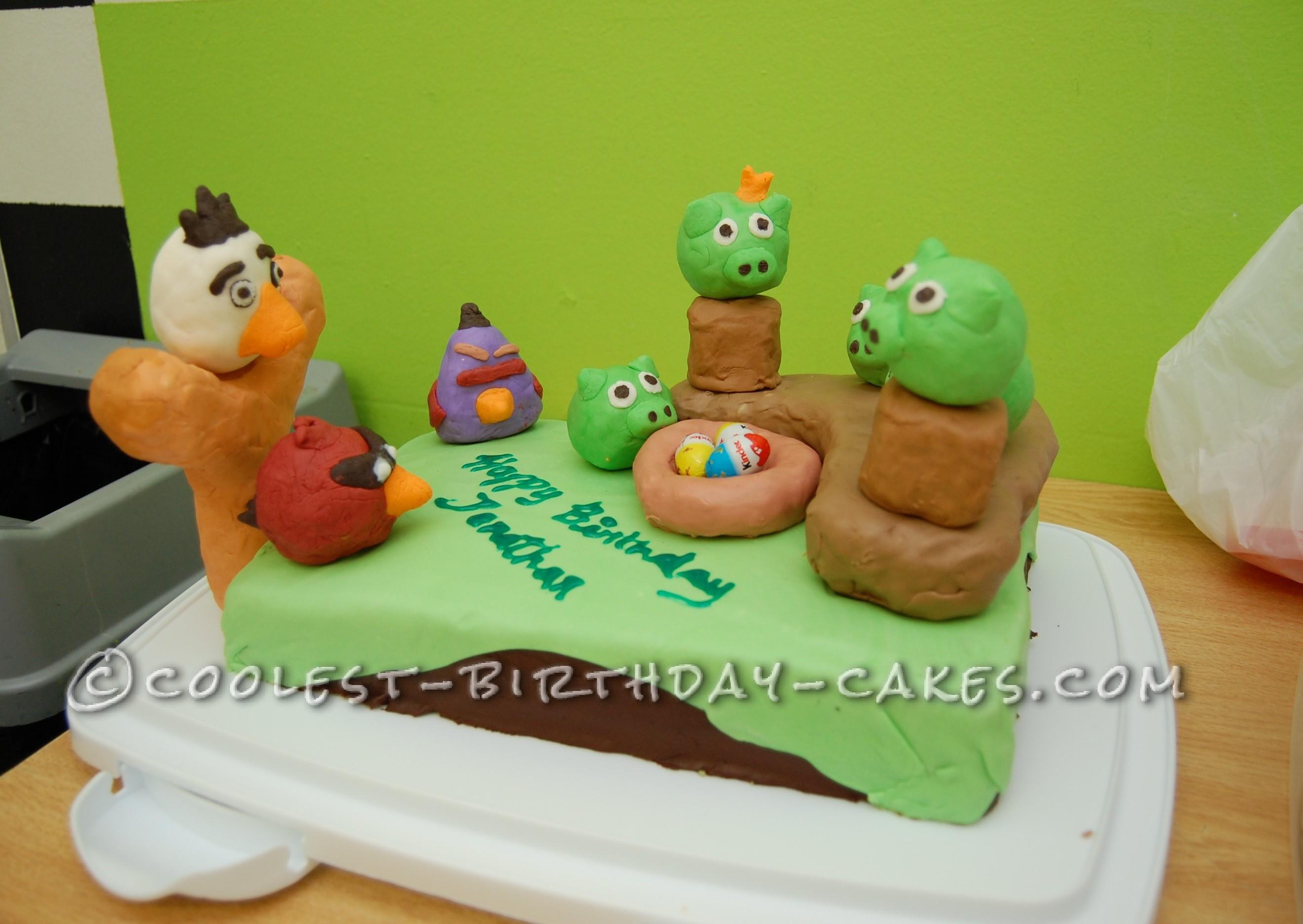 Crazy Angry Birds Cake