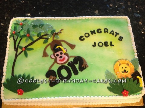 Cool Zoology-Themed Graduation Cake