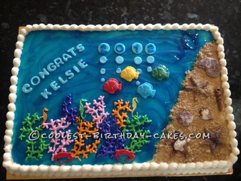 Cool Zoology-Themed Graduation Cake