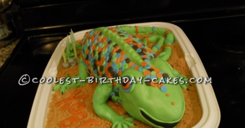 Coolest Larry the Lizard Birthday Cake