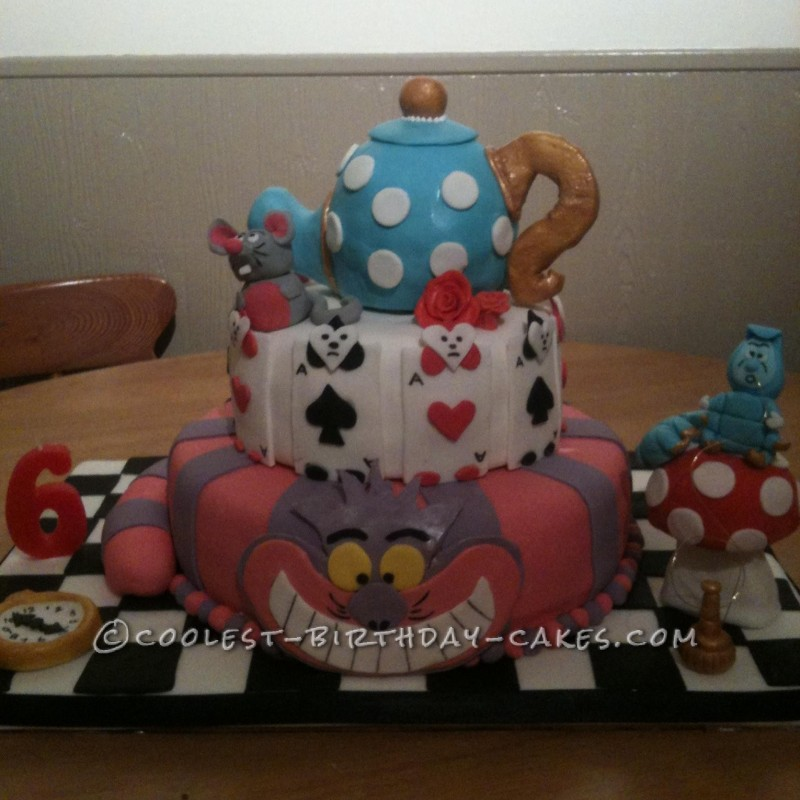 Amazing Alice in Wonderland Birthday Cake