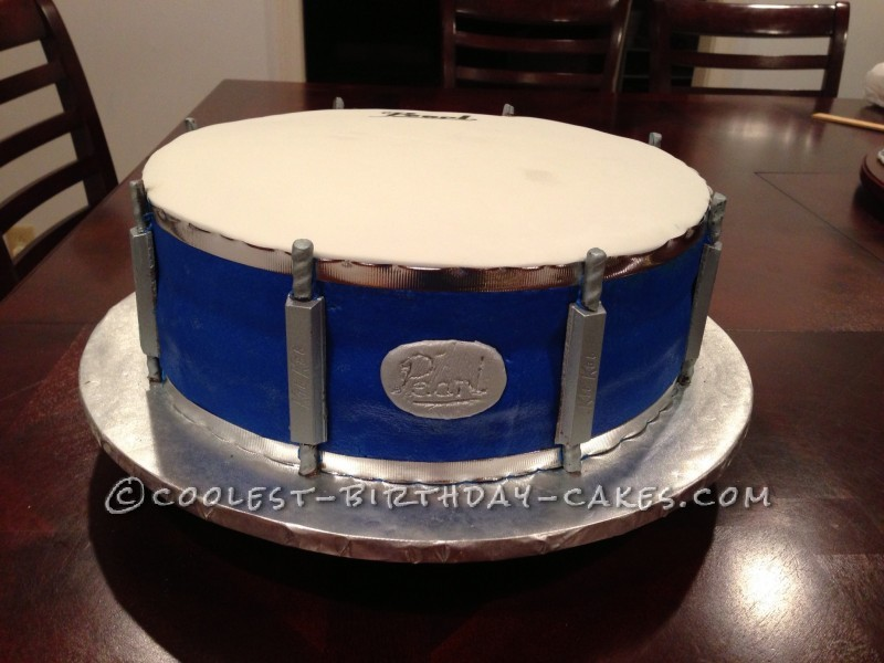 Cool Drum Cake for a Groom