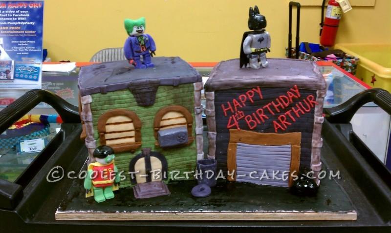 Pleasant 75 Coolest Homemade Batman Cakes Personalised Birthday Cards Akebfashionlily Jamesorg
