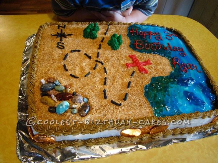 Creative Pirate Treasure Map Cake
