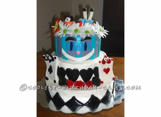 Awesome Alice in Wonderland Cake