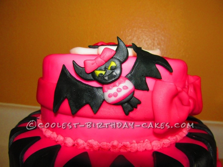 Stupendous Coolest Draculaura Monster High Birthday Cake Funny Birthday Cards Online Fluifree Goldxyz