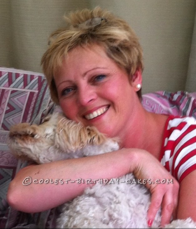 Linda from England - Featured Cake Decorator