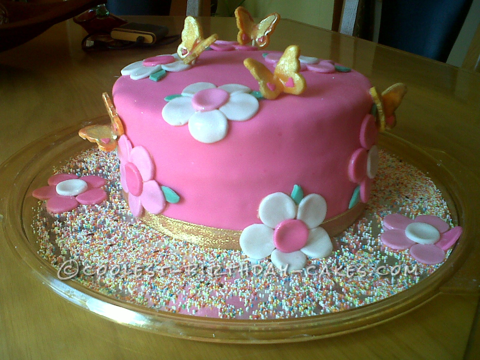 Pretty Flower Cake With Butterflies
