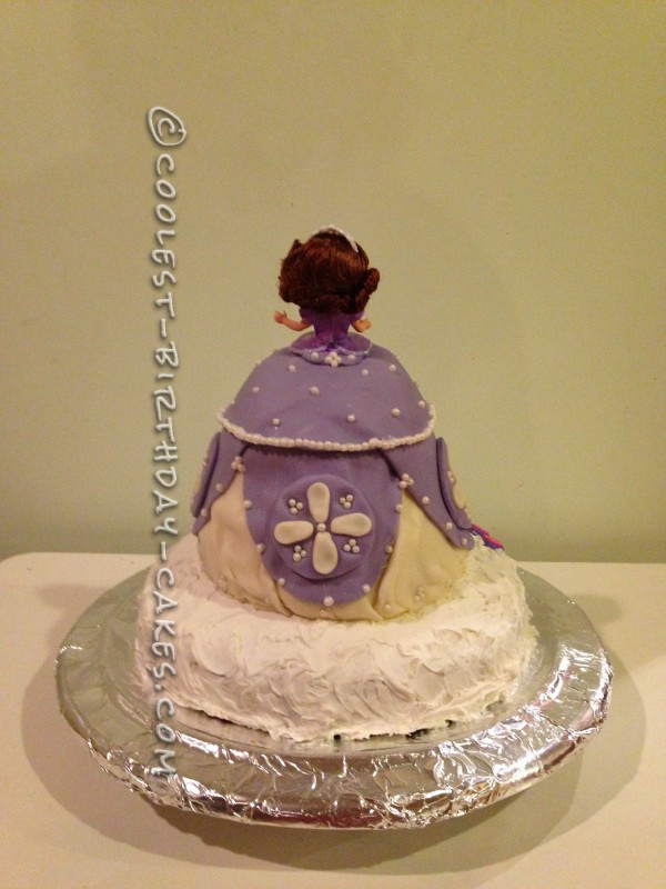 Awesome Sofia the First Cake
