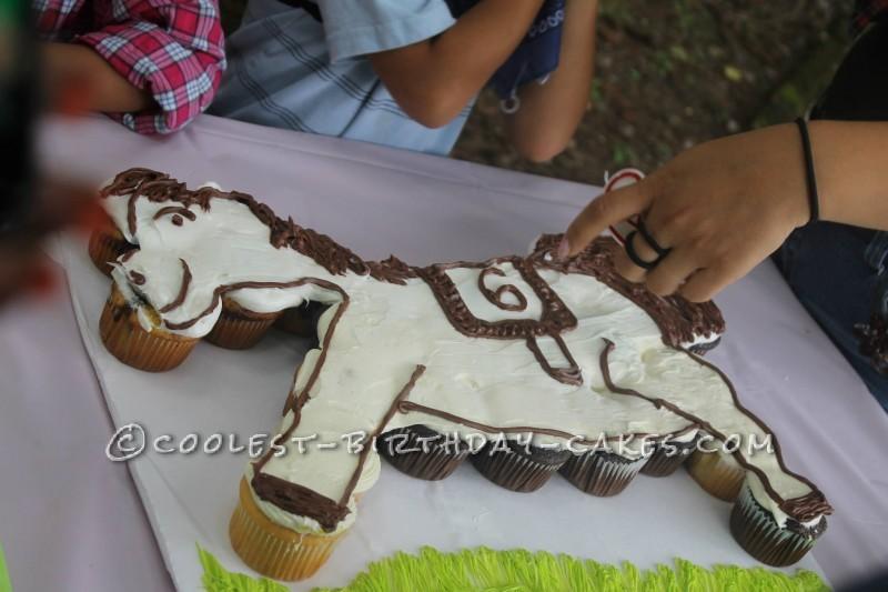 Coolest Horse Pull Apart Cupcake
