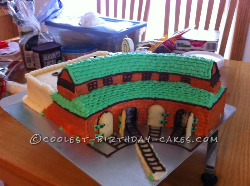 Awesome Sams Thomas The Train Roundhouse Cake Funny Birthday Cards Online Overcheapnameinfo