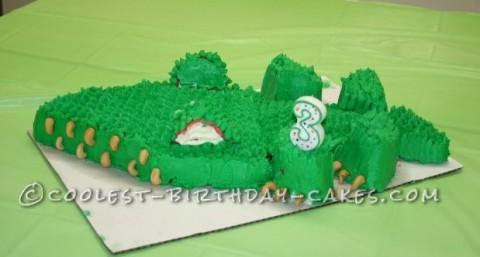 Coolest Alligator Cake