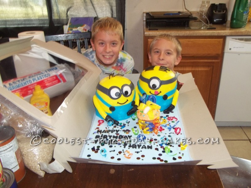 how to make a minion cake at home