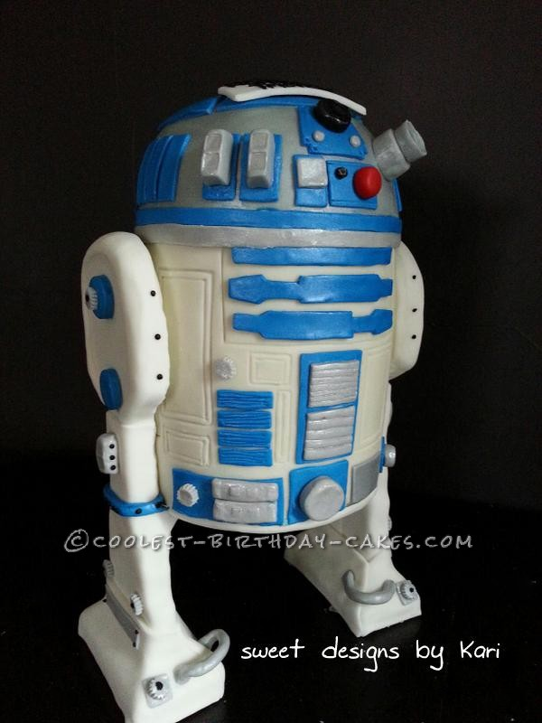 Awesome Freestanding R2D2 Cake - Entirely Homemade!