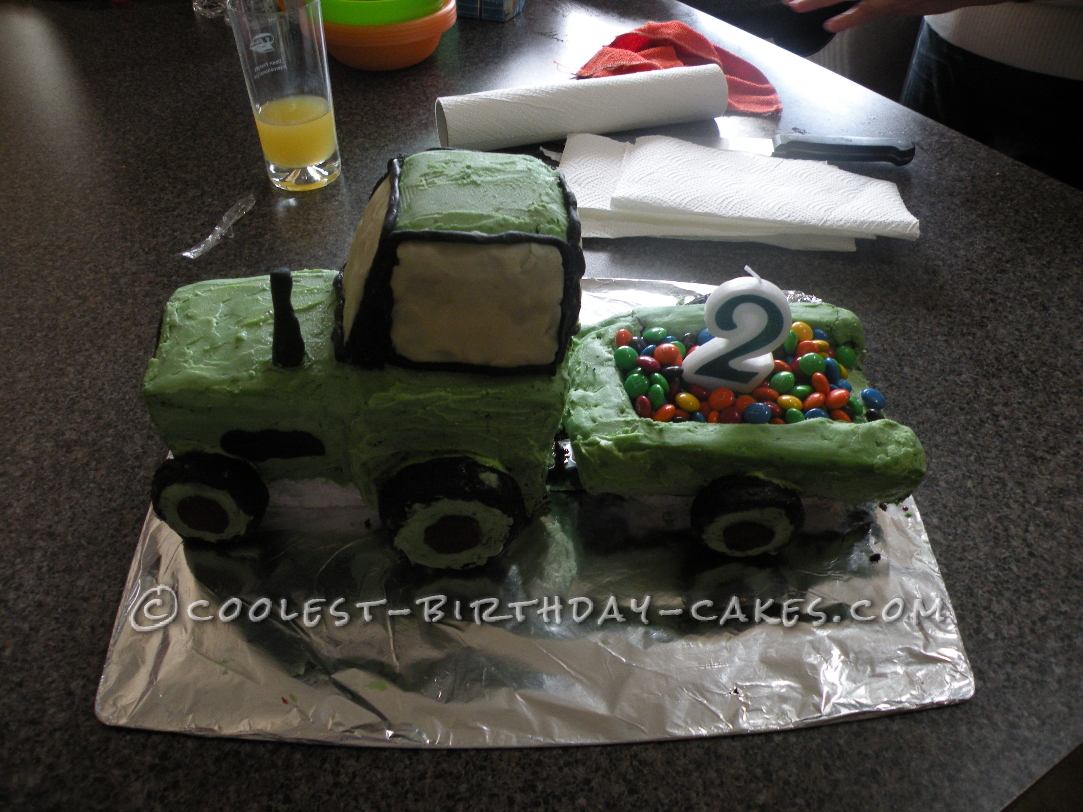 Cool Homemade Tractor Cake