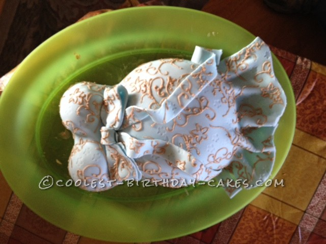 Cool Elegant Pregnant Belly Cake