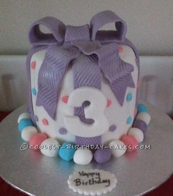 Coolest Gift Box Cake