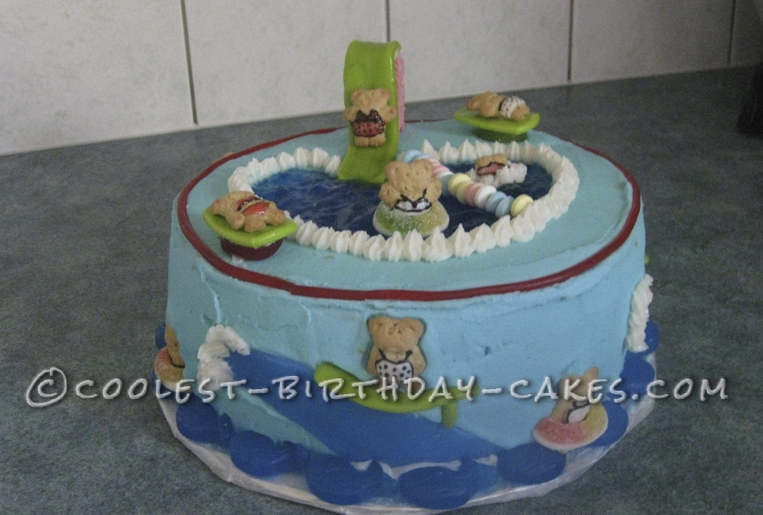 Coolest swimming pool birthday cake for Swimming pool birthday cake pictures