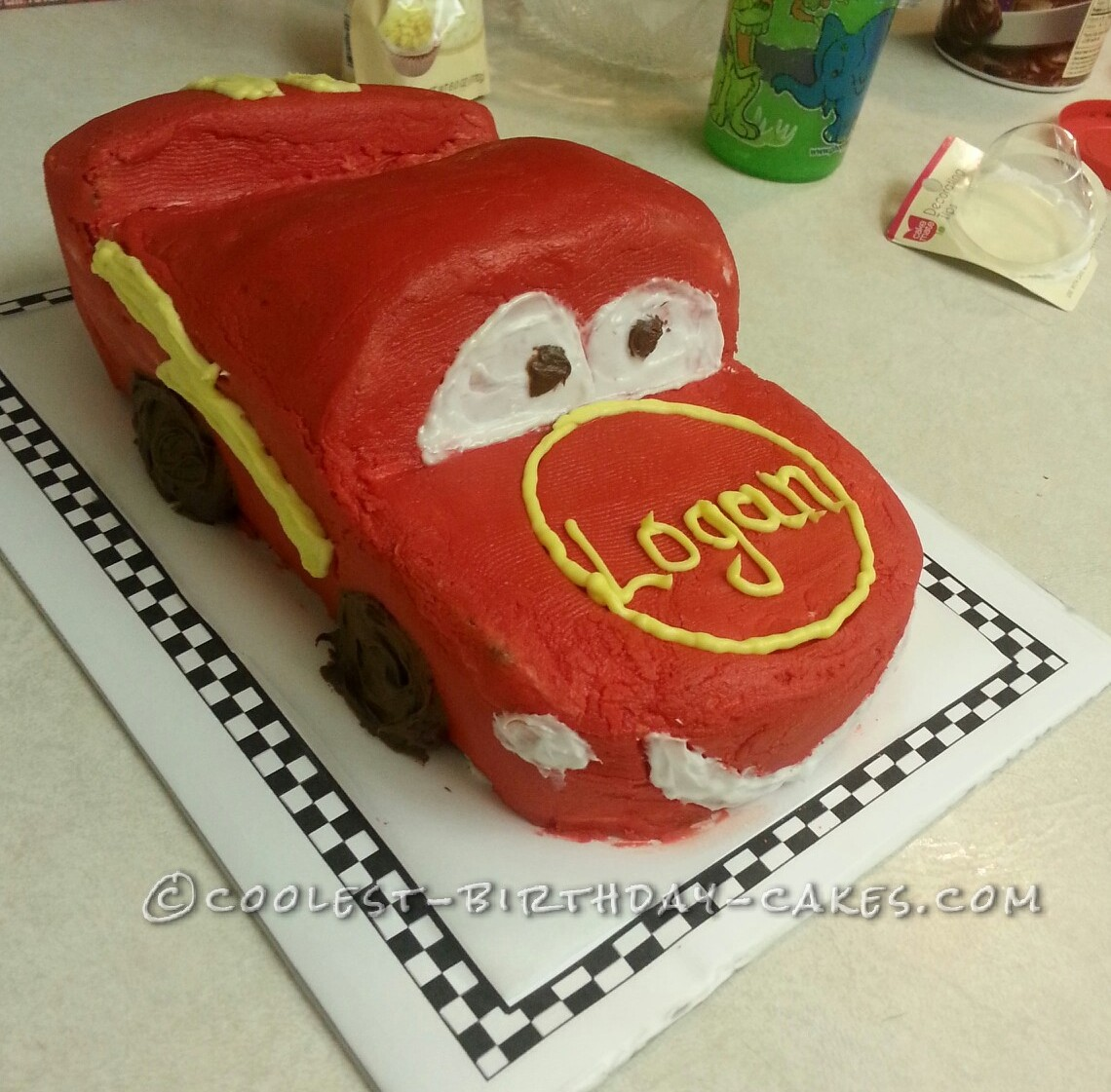 how to make a lightning mcqueen birthday cake